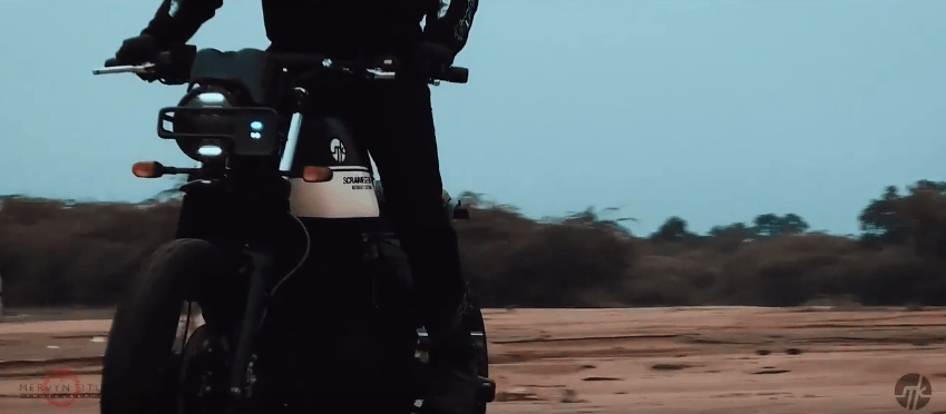 Royal Enfield Himalayan amazingly modified to a Scrambler