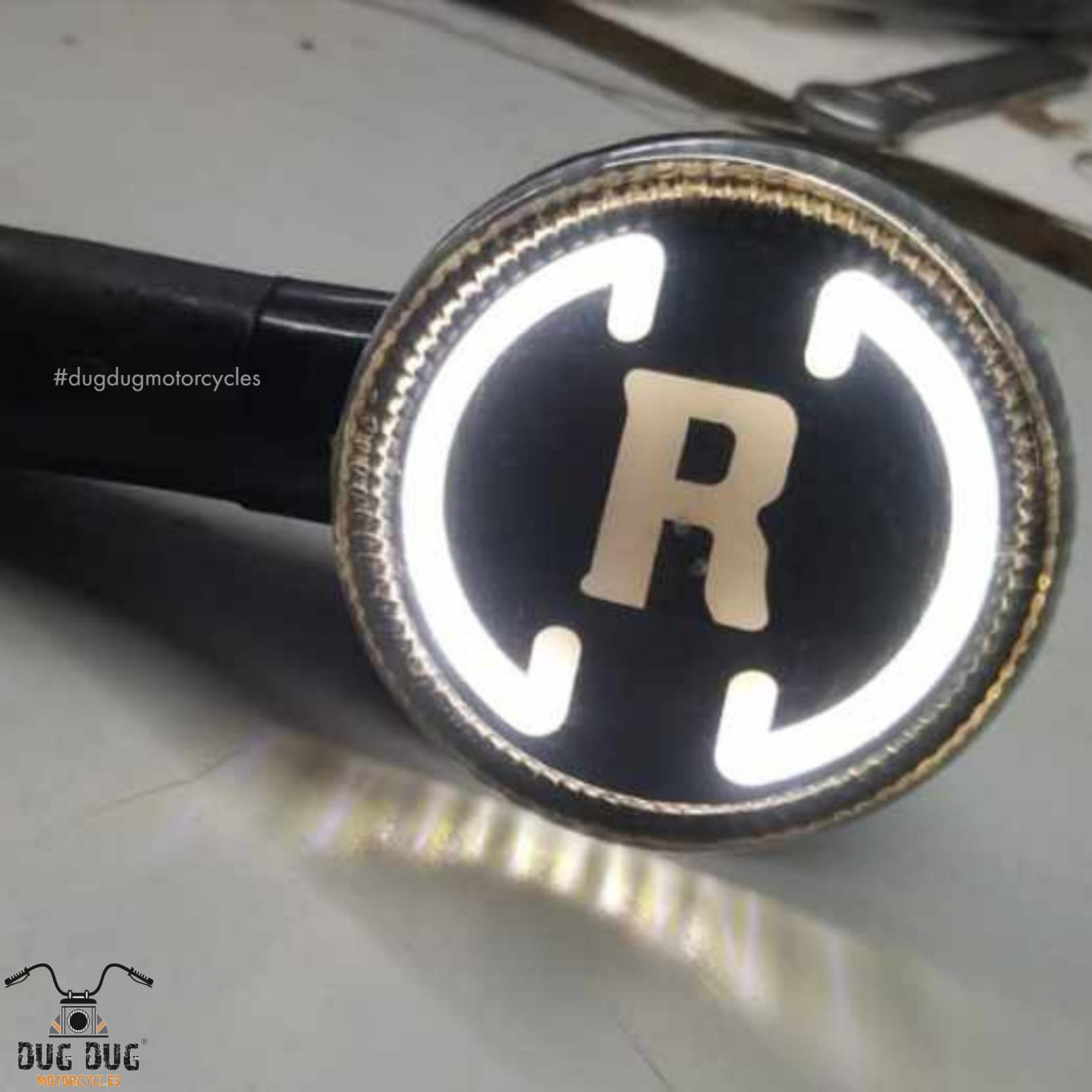 New Royal Enfield R Logo LED Turn Signal Indicators for Royal Enfield